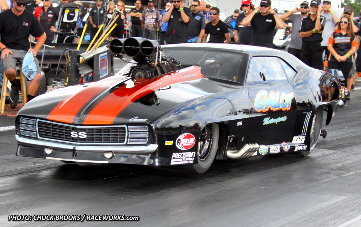 how to become a professional drag racer